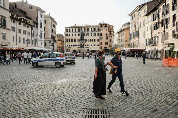 Roma il primo giorno di riapertura Fonte: AFP